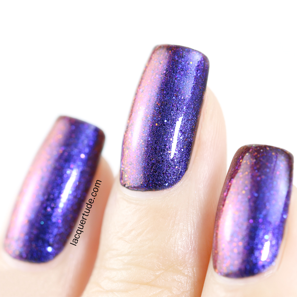 Picture-Polish-Borealis-Swatch-Macro